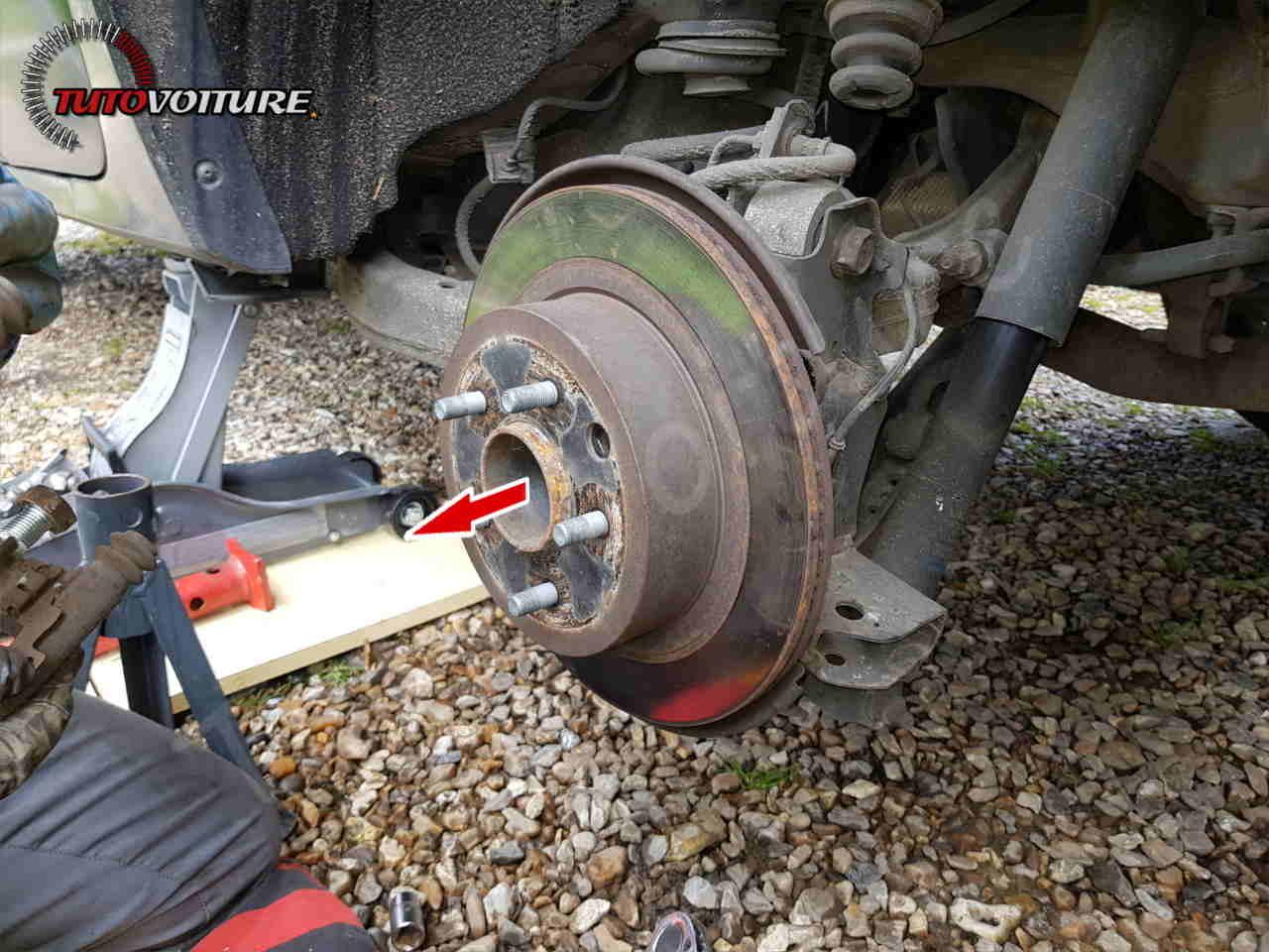 Changement des disques et plaquettes de frein arrière Renault Koleos