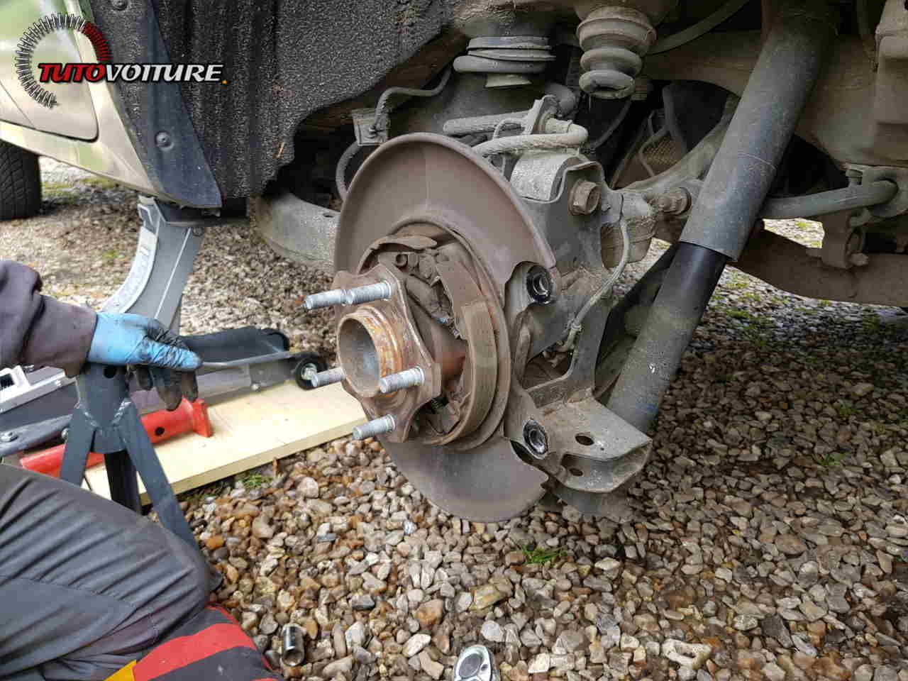 Remplacement des disques et plaquettes de frein arrière Renault Koleos