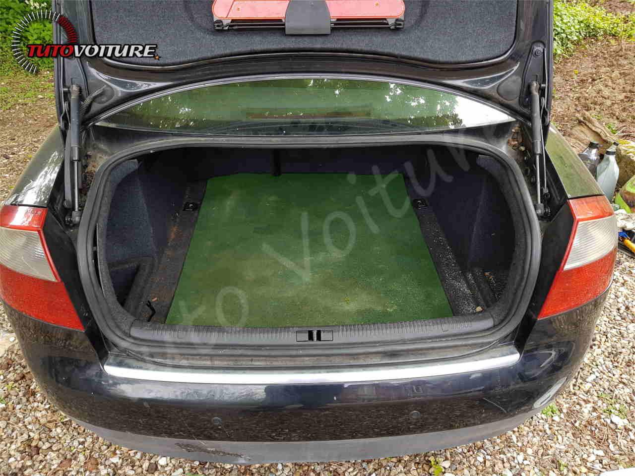 Démontage du pare-chocs arrière Audi A4 B6