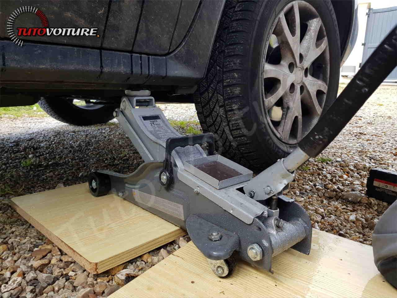 Utiliser un cric pour lever votre Renault Koleos