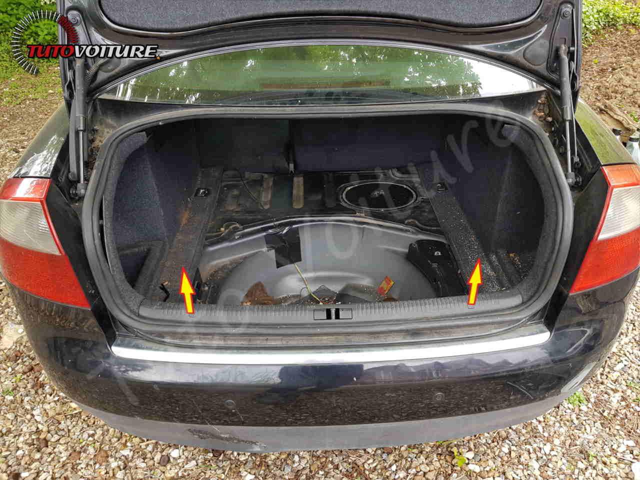 Comment enlever les seuil de coffre Audi A4 B6