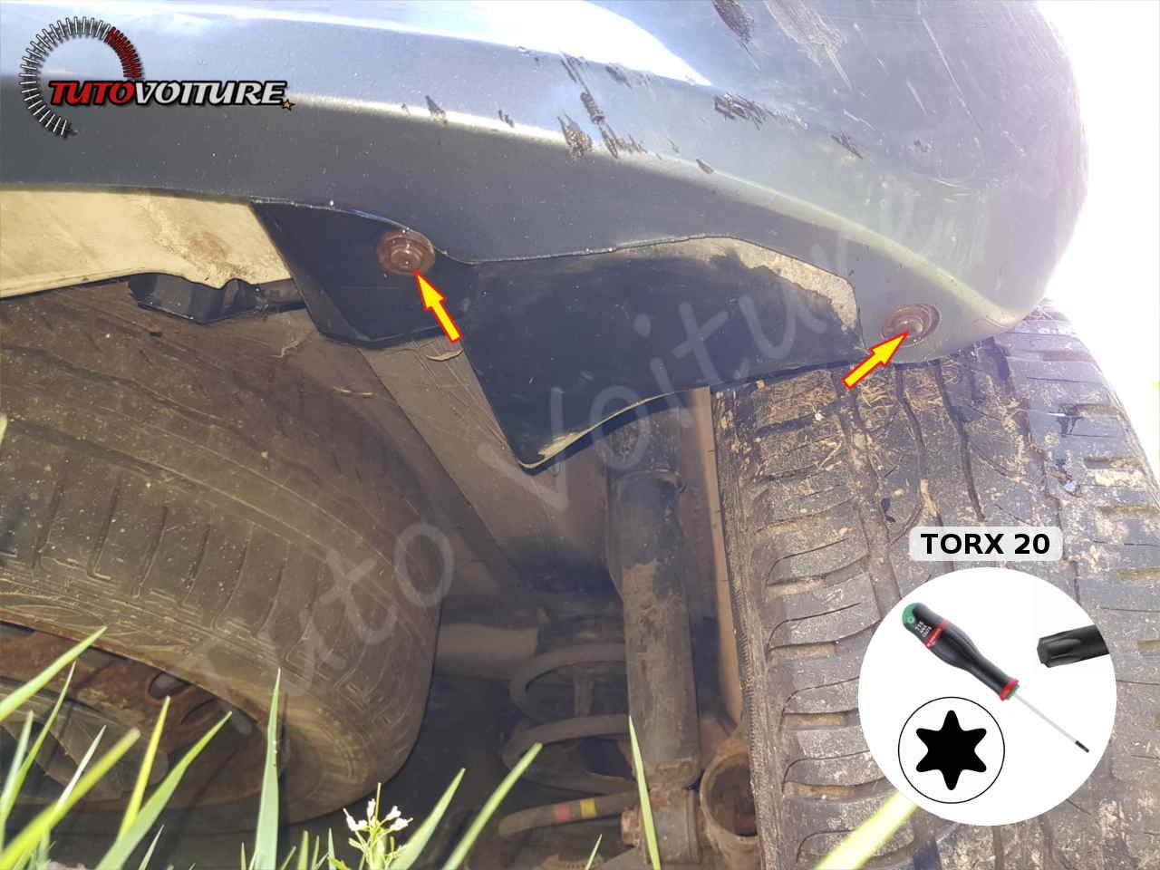 Fixations inférieures du pare-chocs arrière Renault Clio 3