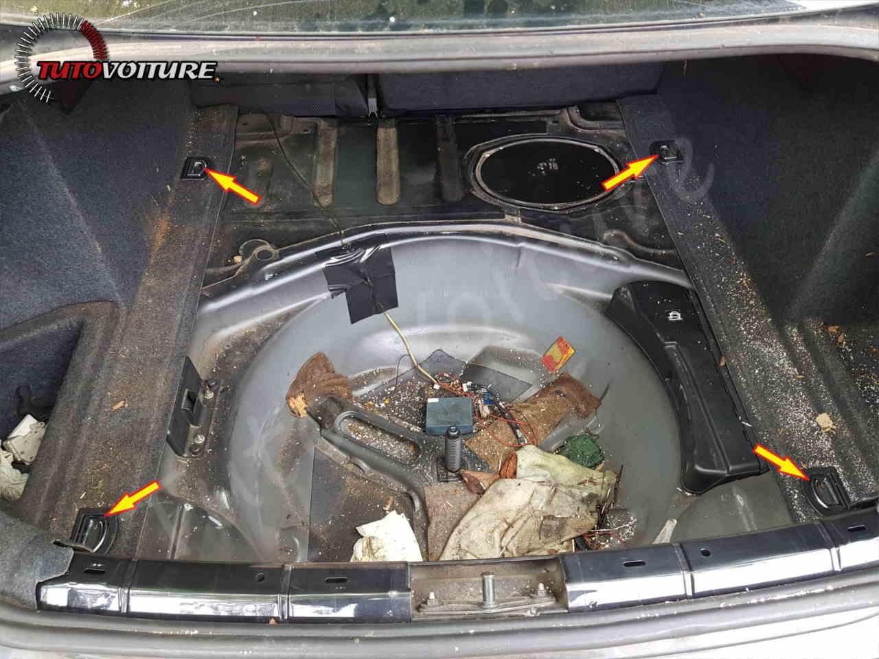 Retirer anneau d'arrimage Audi A4 B6
