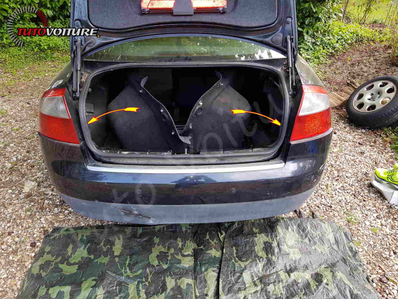 Comment démonter les cloisons de coffre Audi A4 B6