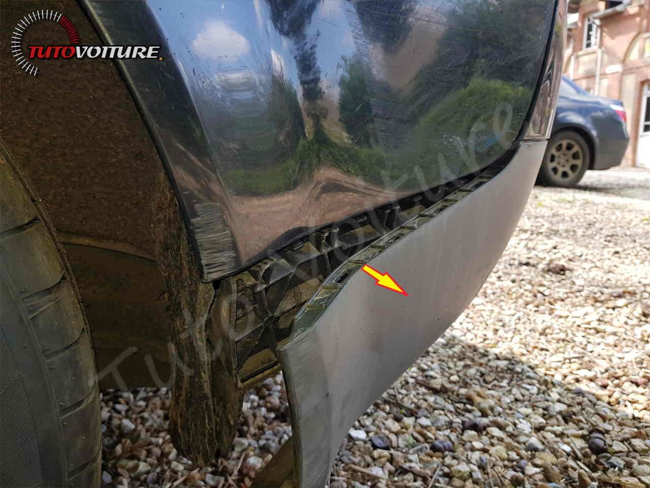 Déboîter le pare-chocs arrière Audi A4 B6