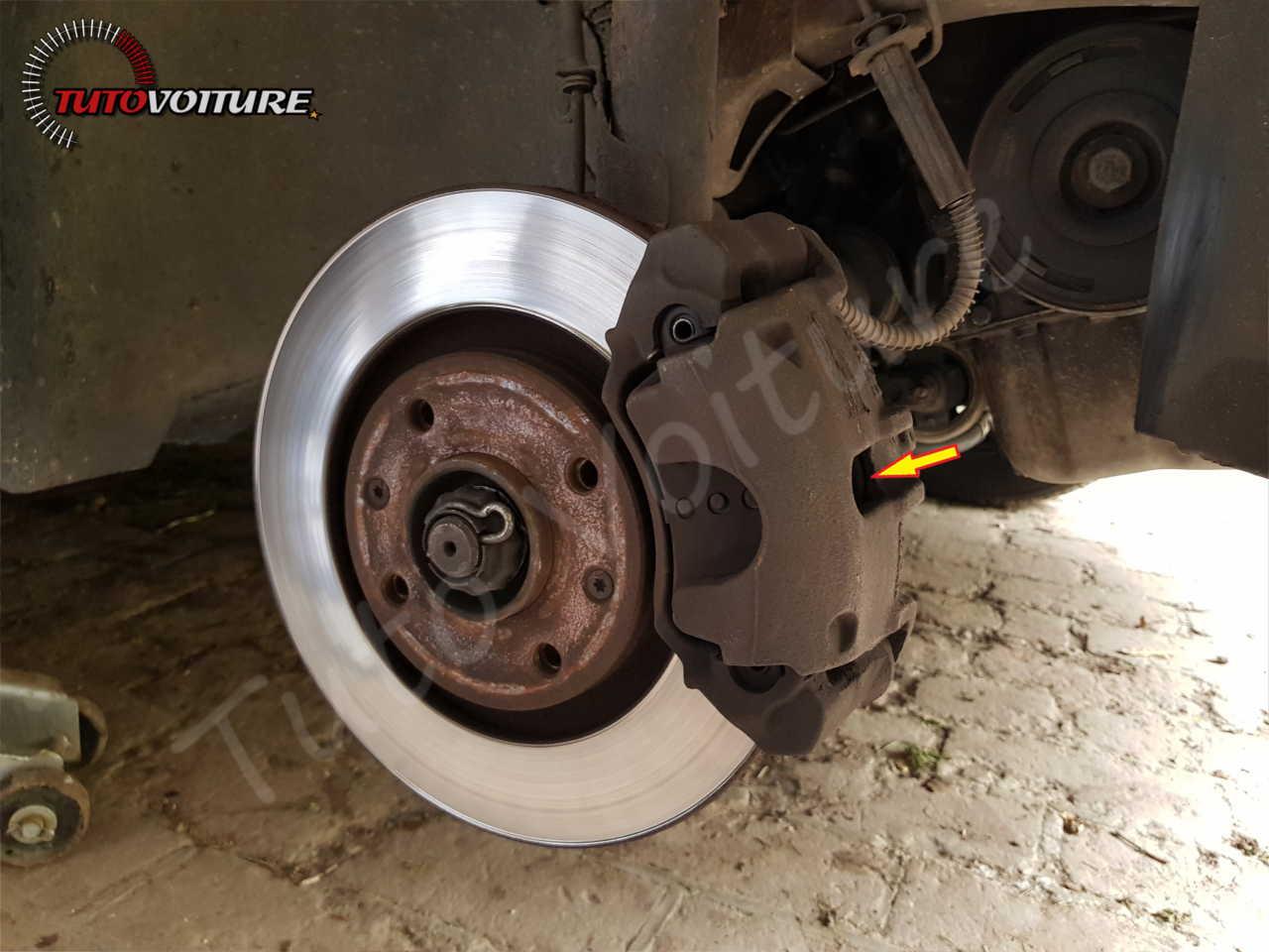 Comment changer ses plaquettes de frein avant Peugeot 206