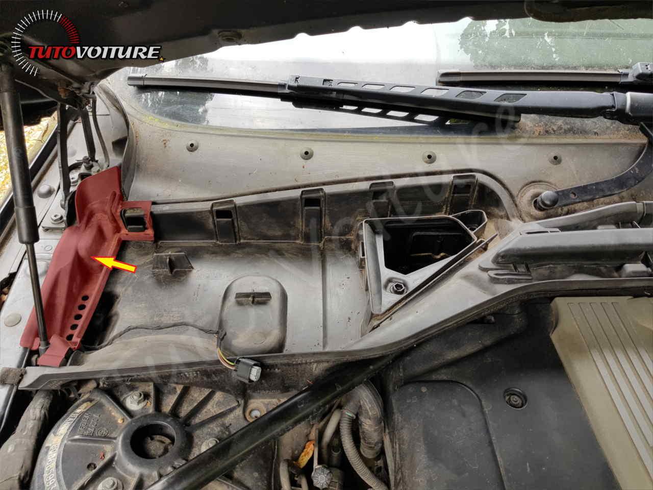 Trouver le relais moteur bmw E60
